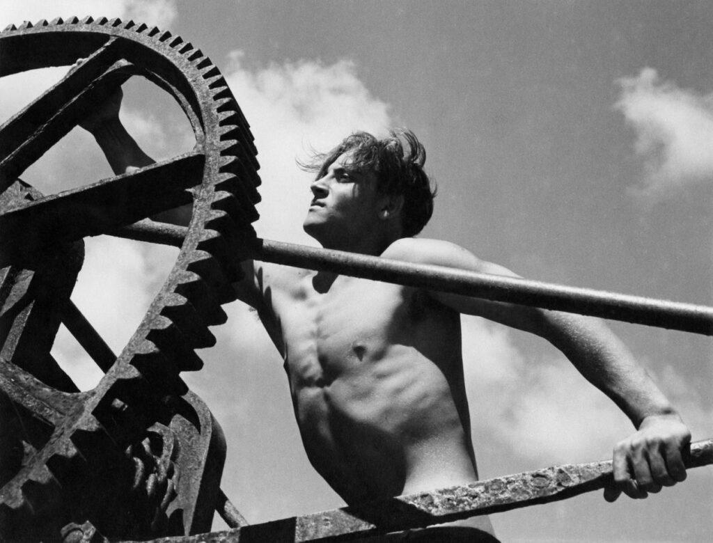 Herbert List, Dock Worker, Viareggio, Italy, 1936