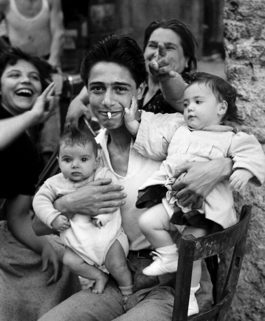 Herbert List, The proud Father, La Corna, Rome Trastevere, Italy 1953