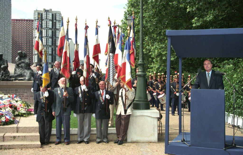 Le président de la République Jacques Chirac prononce une allocution historique, lors de la commémoration de la rafle du Vel' d'hiv' de juillet 1995. Le 16 juillet 1995