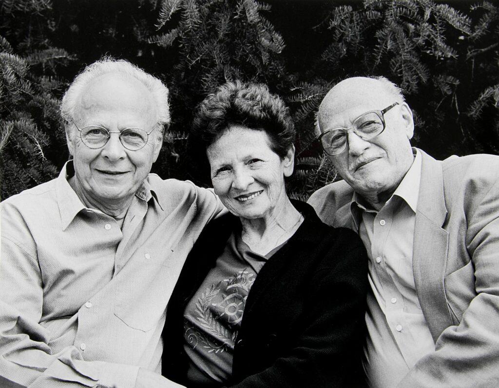 Henri, Odette et Léon Borlant (de gauche à droite), survivants de la Shoah