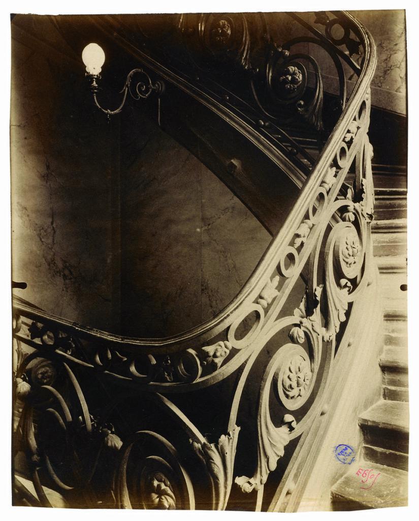 Eugène Atget, Ancien hôtel Sully-Charost, 11, rue du Cherche-Midi, VIe, 1904