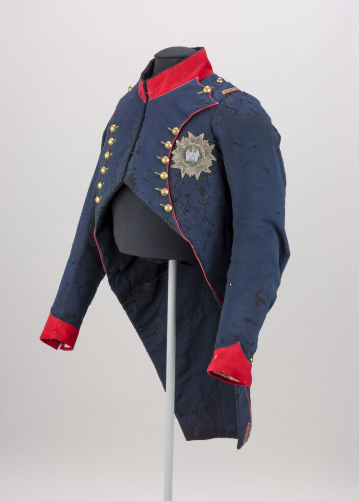 Habit de chasseur à cheval de la Garde Impériale ayant appartenu à Napoléon Ier