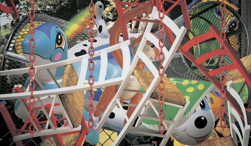 Jeff Koons. Backyard, 2002