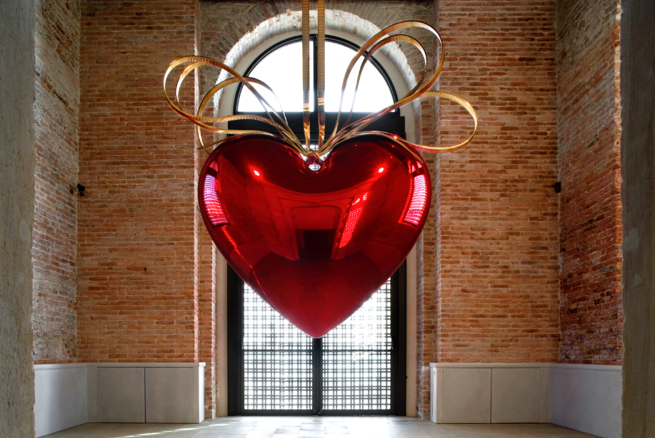 Jeff Koons. Hanging Heart (Red/Gold), 1994–2006.