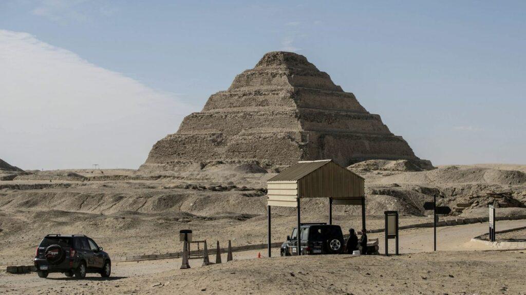Pyramide de Djéser à Saqqarah