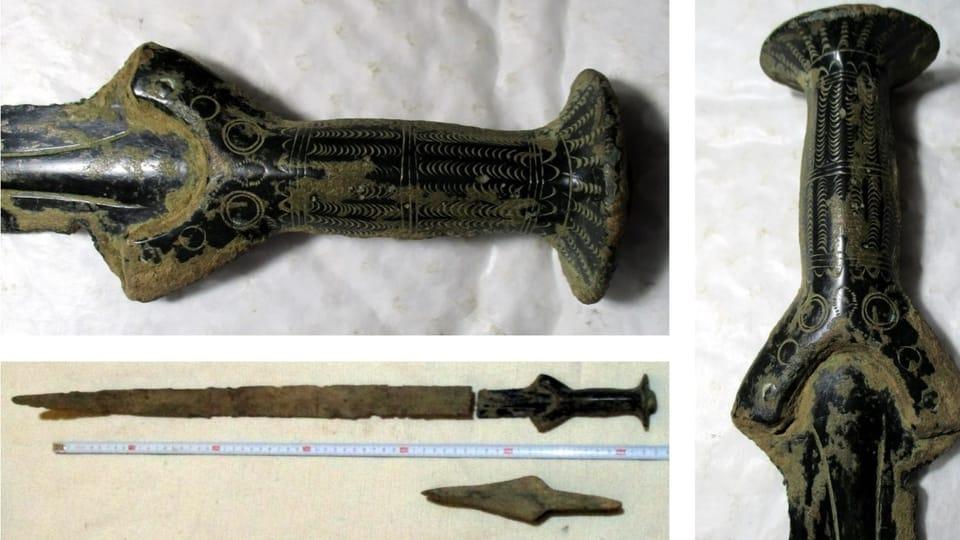 L'épée trouvée lors de la cueillette aux champignons