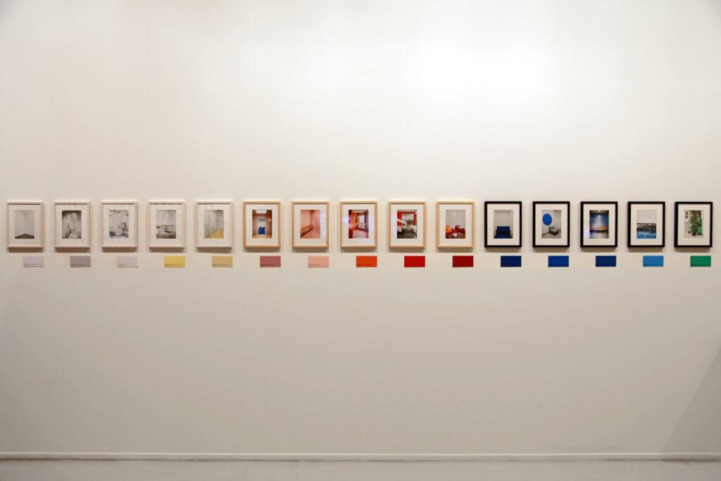 Vue de l'exposition Colors, Tripostal de Lille, Lynne Brouwer (vue d'ensemble)