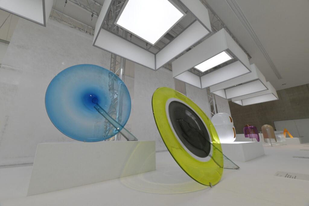 Vue de l'exposition Lettres de verre