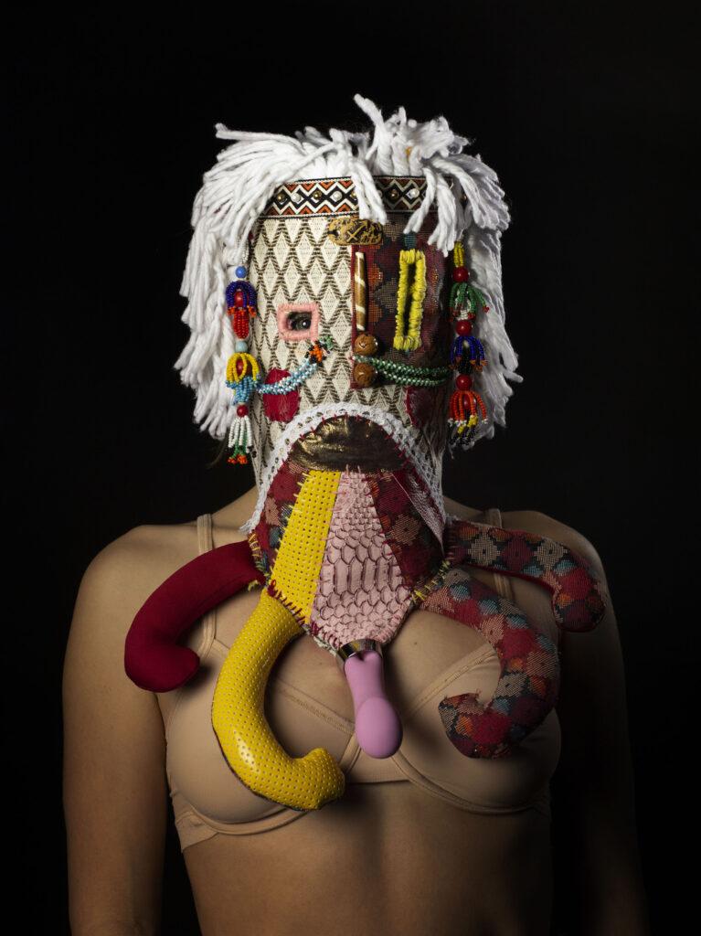 Jaky LA BRUNE, Papy Russe Tissus, perles et serpière, 2020