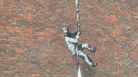 Nouvelle peinture Banksy, prison de Reading