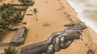 SAYPE, mains entrelacées, Ganvié (Bénin), 2021