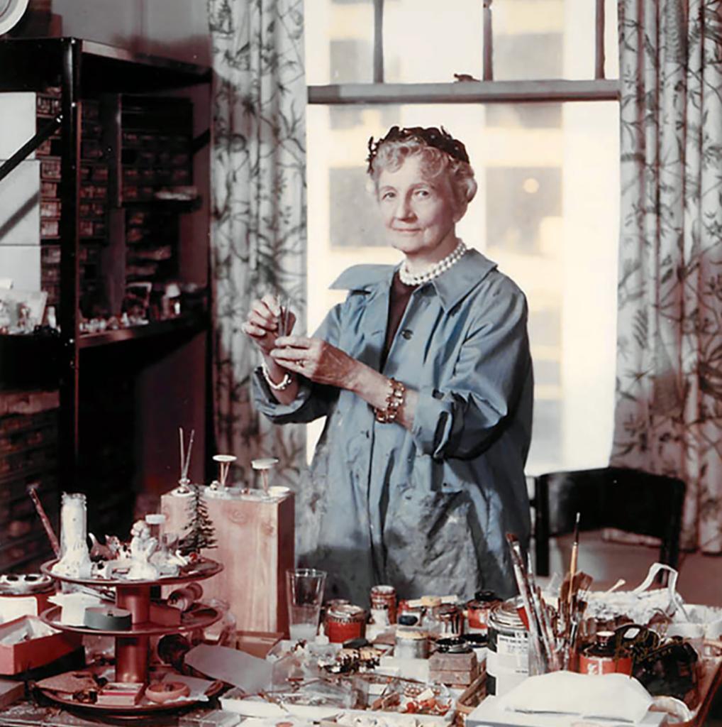 Narcissa Niblack Thorne dans son atelier