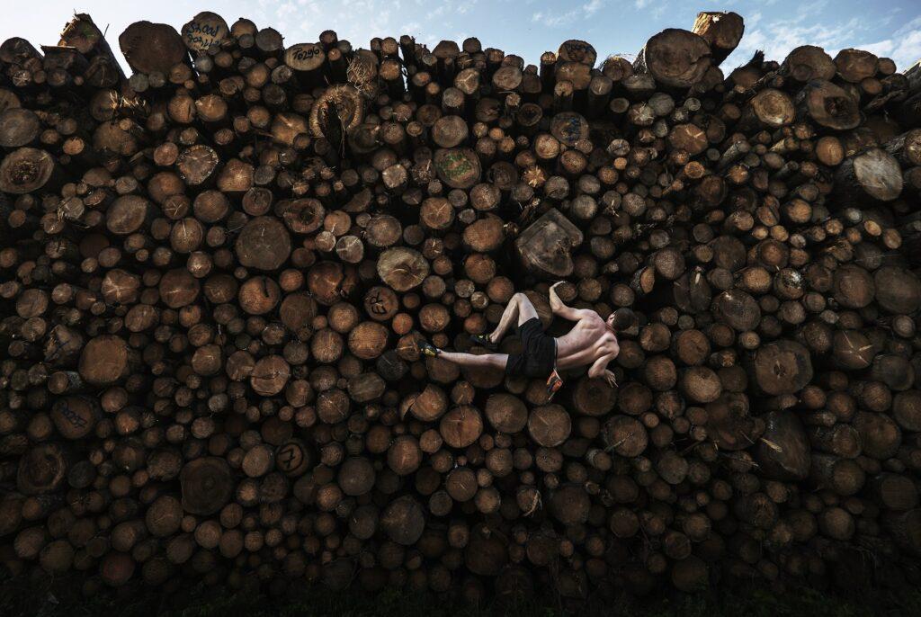Adam Pretty, Log Pile Bouldering, 2020