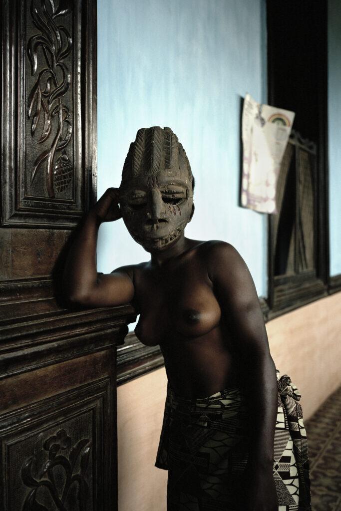 Sans titre (série des Demoiselles de Porto-Novo, Léonce Raphael Agbodjelou).