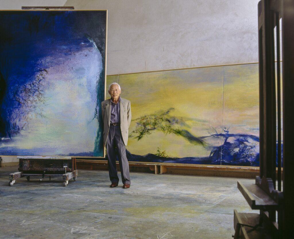 Zao Wou-Ki dans son atelier de campagne, vers 2000.