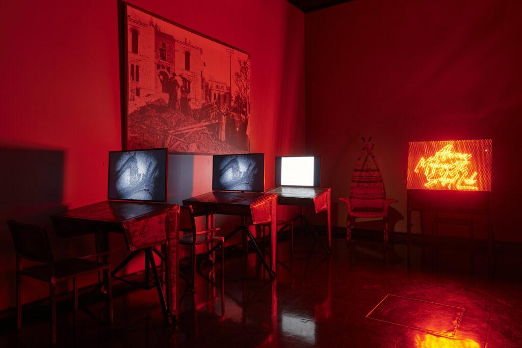 Installation The African Shed Laboratory de Kemi Bassene