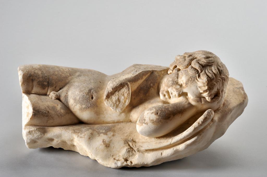 Statuette représentant un Amour endormi, 1er siècle de notre ère