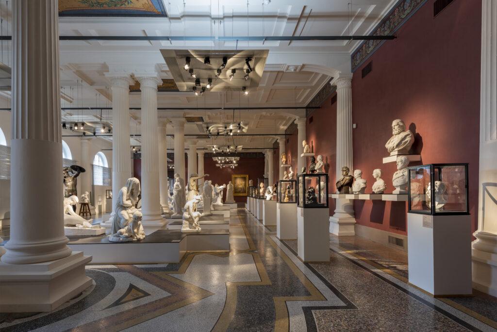 Salle des sculptures du XIX siècle