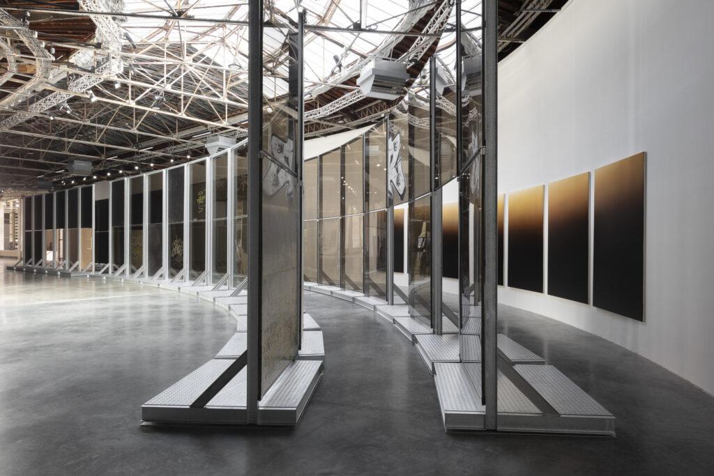 Anne Imhof,Natures Mortes, Palais de Tokyo