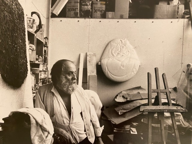 Vincent Junier, César dans son studio, 1983
