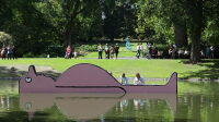 Filili Viridi, le Jardin des plantes, Le Voyage à Nantes 2020, Jean Jullien L'Arroseur© Ville de Nantes _ Jean-Félix Fayolles