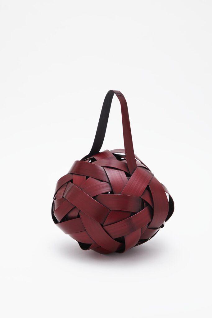 Yonezawa Jiro, Fossile rouge, 2020