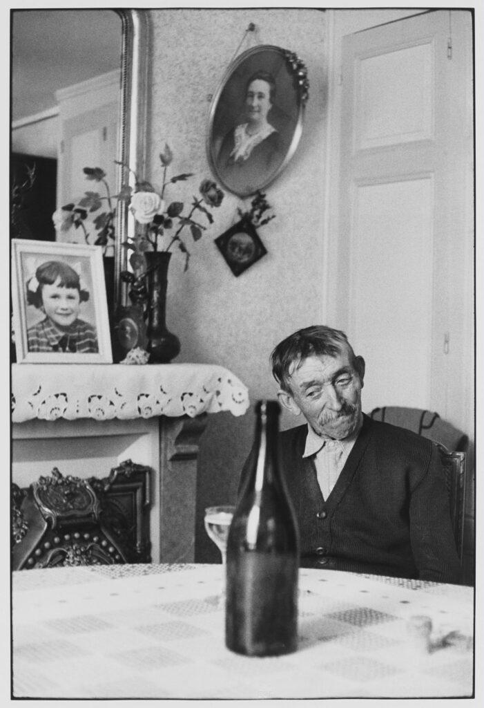Le Grand Jeu, Henri Cartier-Bresson, Vigneron, 1960