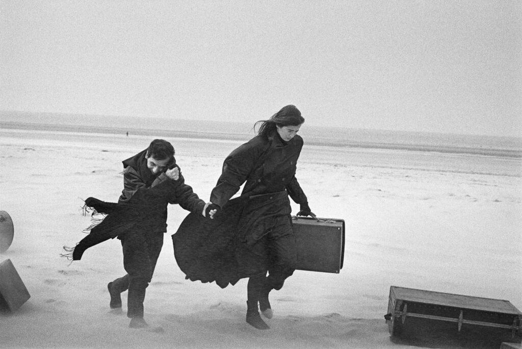 Peter Lindbergh, Azzedine Alaïa et Linda Spierings, Le Touquet, 1986