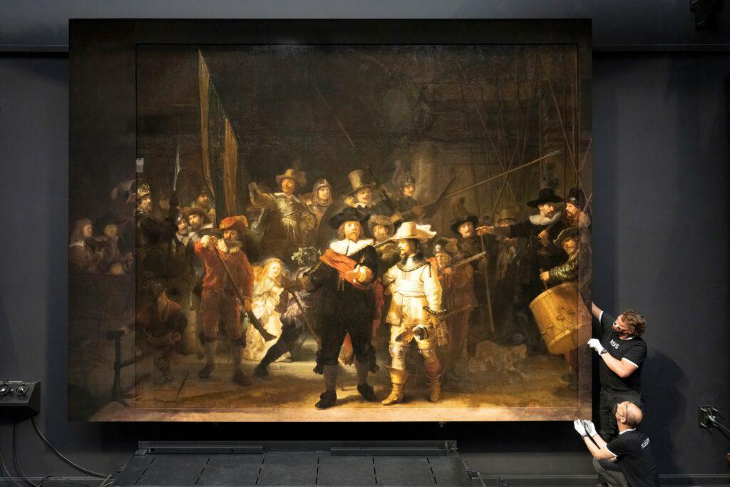 Rembrandt, La Ronde de nuit, 1642 - Installation des pièces manquantes
