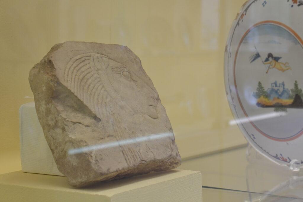 Vue de l'exposition La pause des Sisyphe(s) heureux, Musée Déchelette