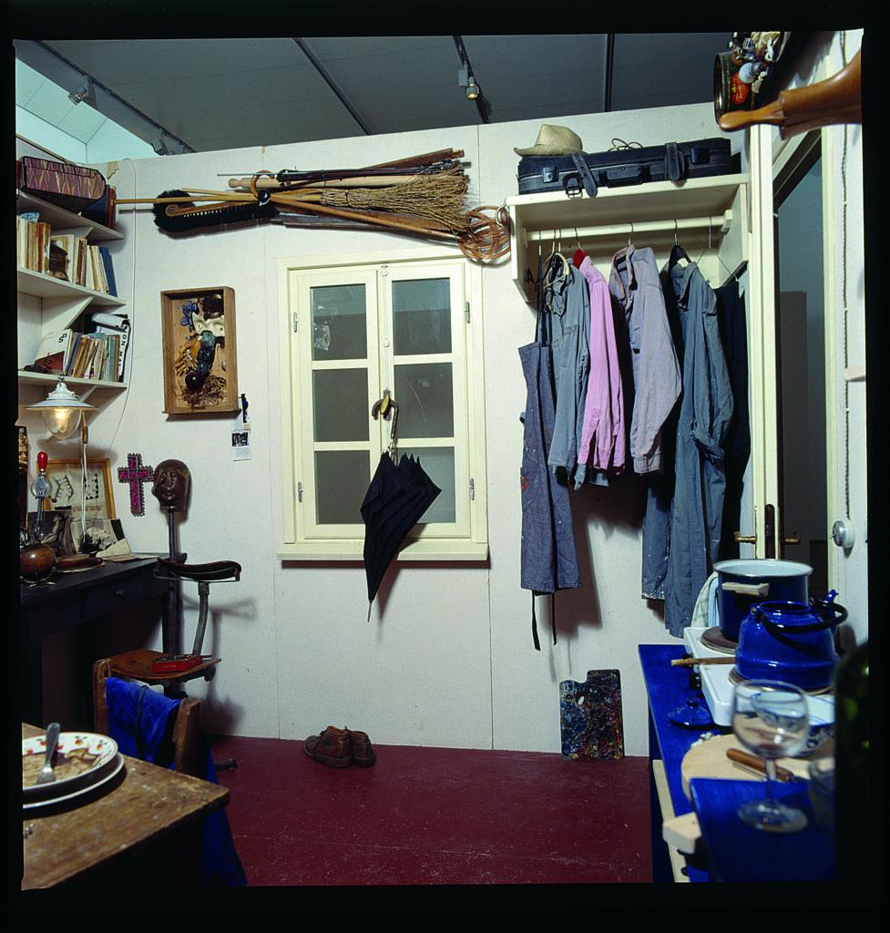 Daniel Spoerri, chambre13, 1998