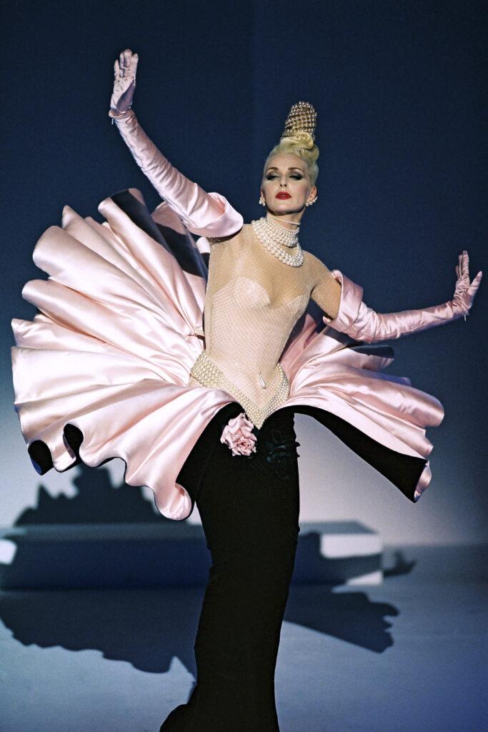 Thierry Mugler - Collection Anniversaire des 20 ans - Haute couture automne-hiver 1995-1996