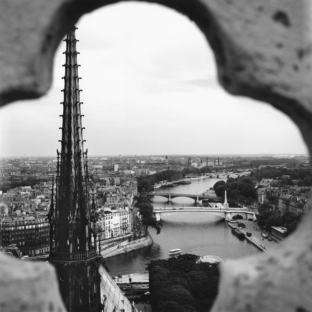 Notre-Dame de Paris, 6 septembre 1959, Vivian Maier 300 dpi