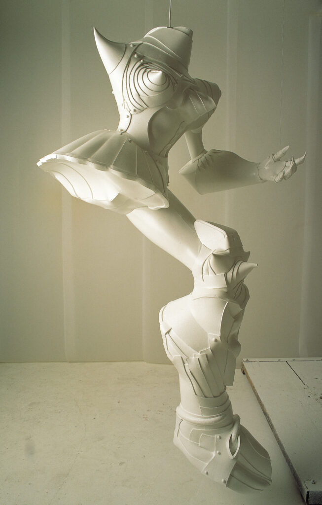 Femme Cyborg Lee Bull