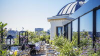 mun-paris-society-sushi-food-rooftop-restaurant-champs-elysees-shed-outside