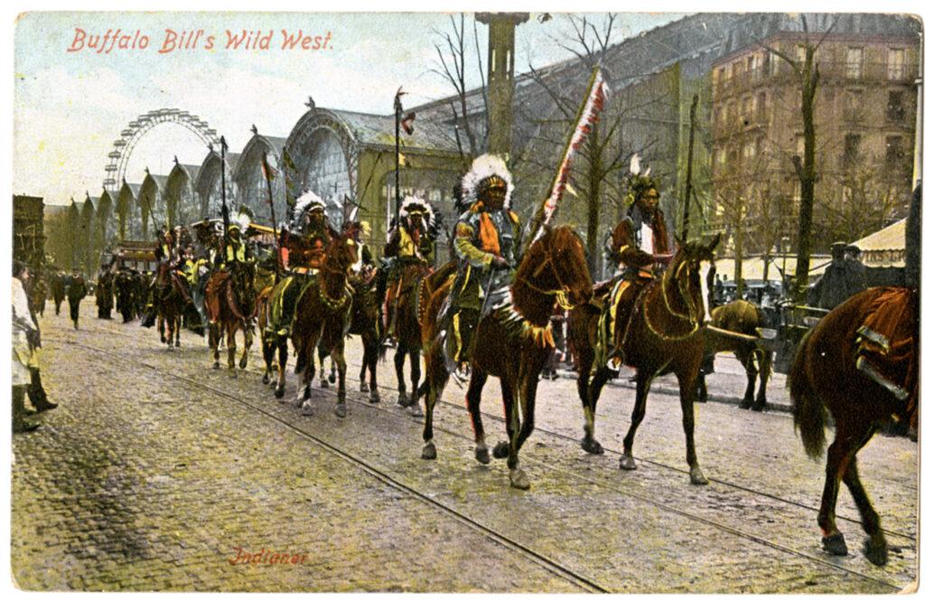 Sur la piste des Sioux, Carte postale souvenir du Buffalo Bill's Wild West