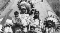 Sur la piste des Sioux exposition au Musée des Confluences - La famille Little Moon au village indien de Bruxelles en 1935 -