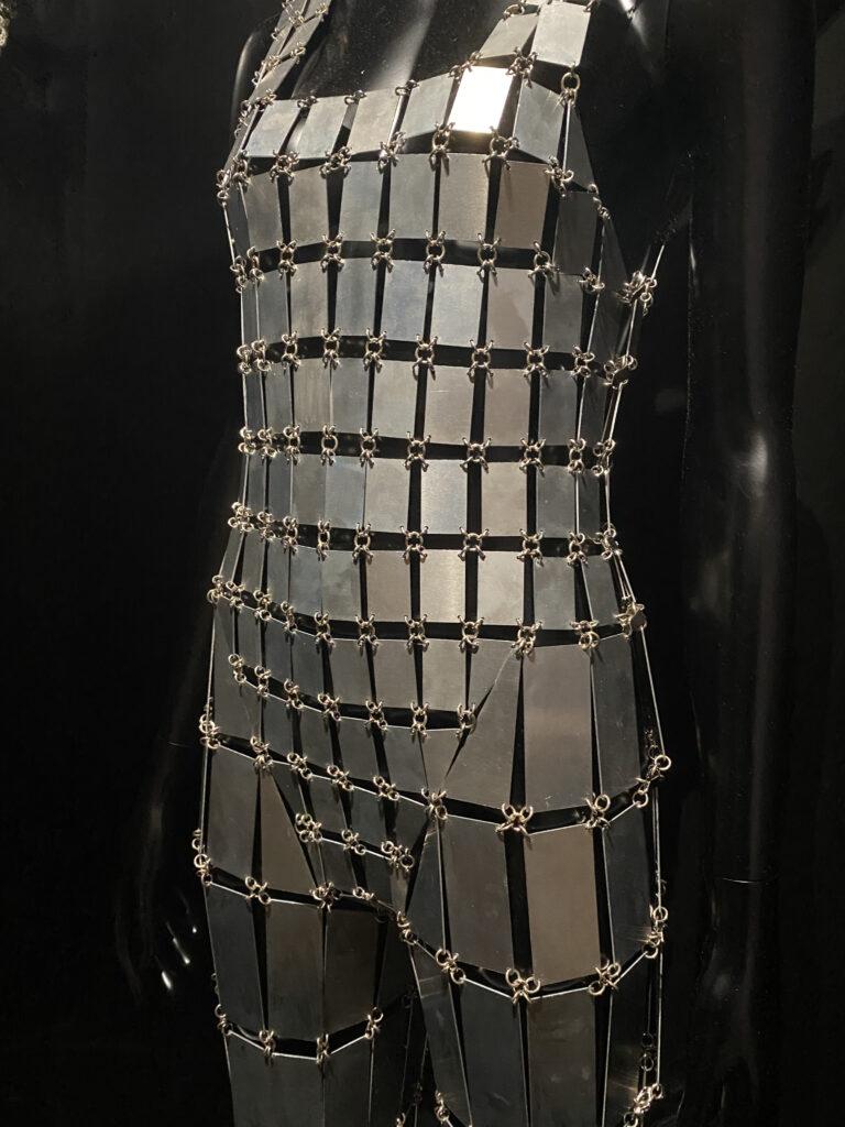 Vue de l'exposition Cinémode, Jean Paul Gaultier, Cinémathèque (11)
