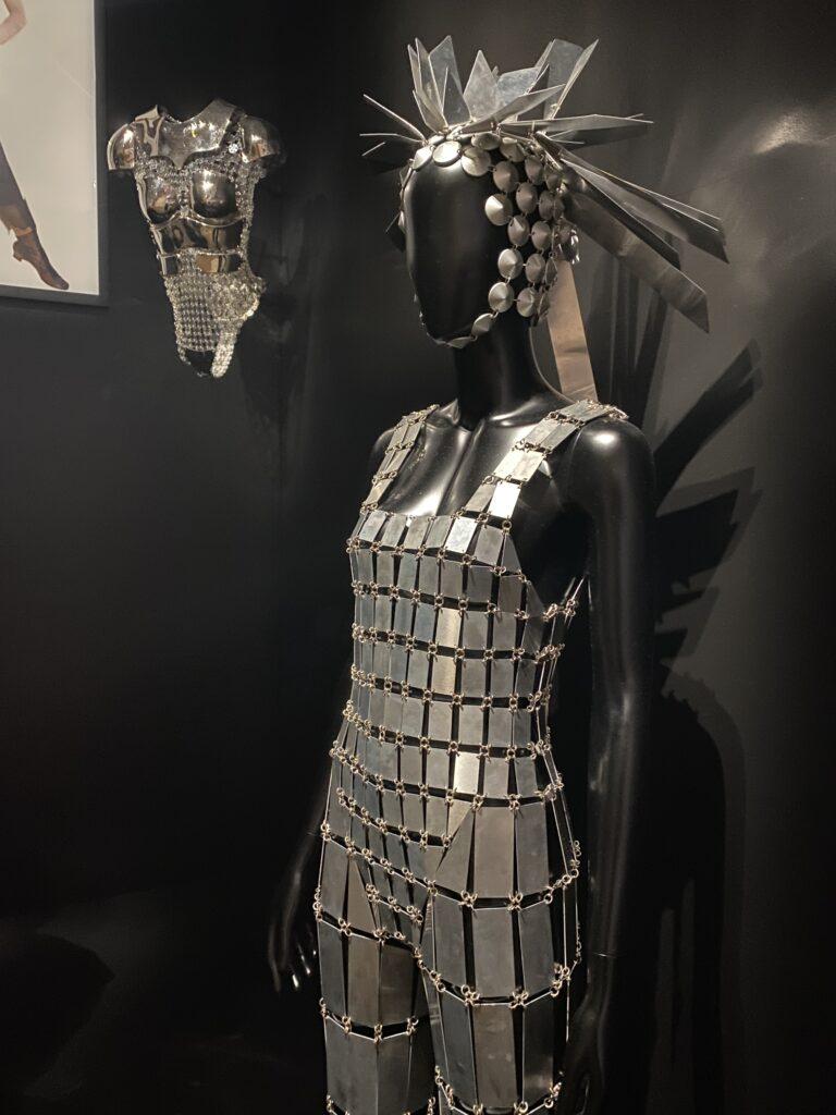 Vue de l'exposition Cinémode, Jean Paul Gaultier, Cinémathèque (12)