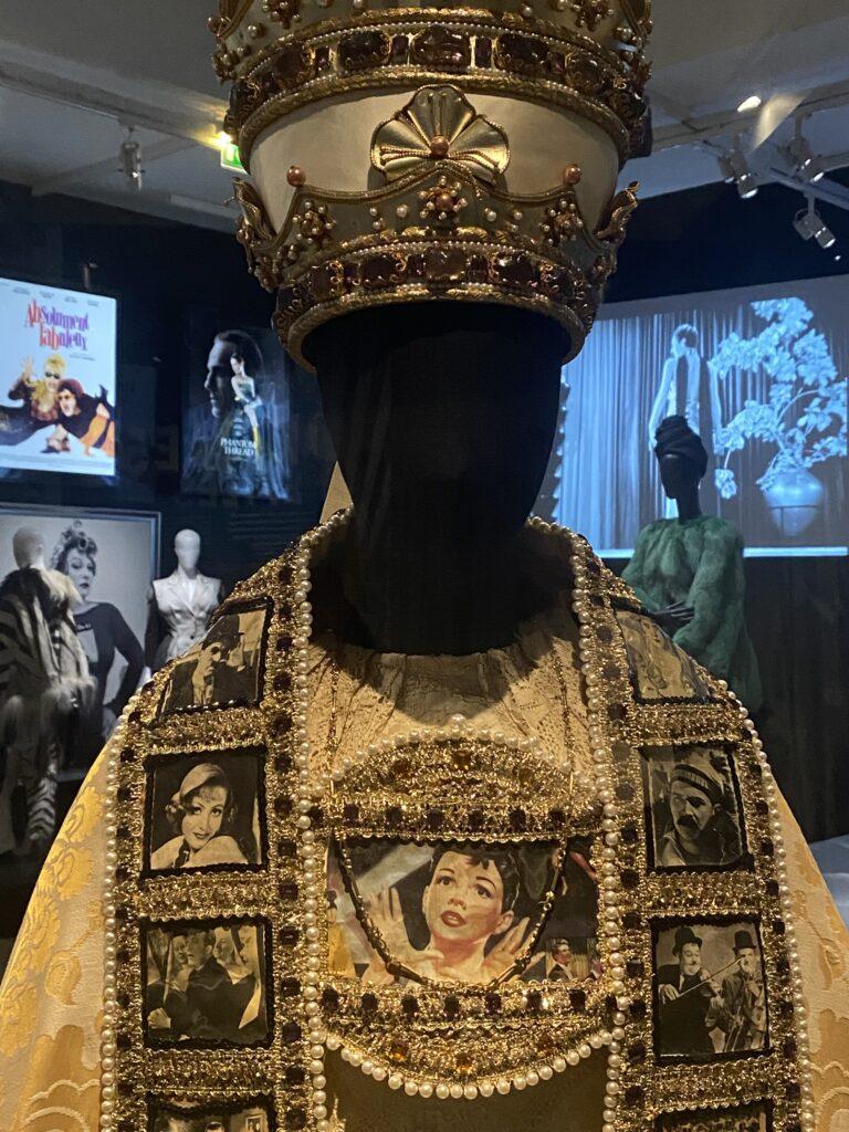 Vue de l'exposition Cinémode, Jean Paul Gaultier, Cinémathèque (17)