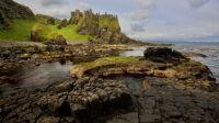 Exposition Terres Celtes - Grilles du Jardin du Luxembourg - Le château de Dunluce, en Irlande du Nord